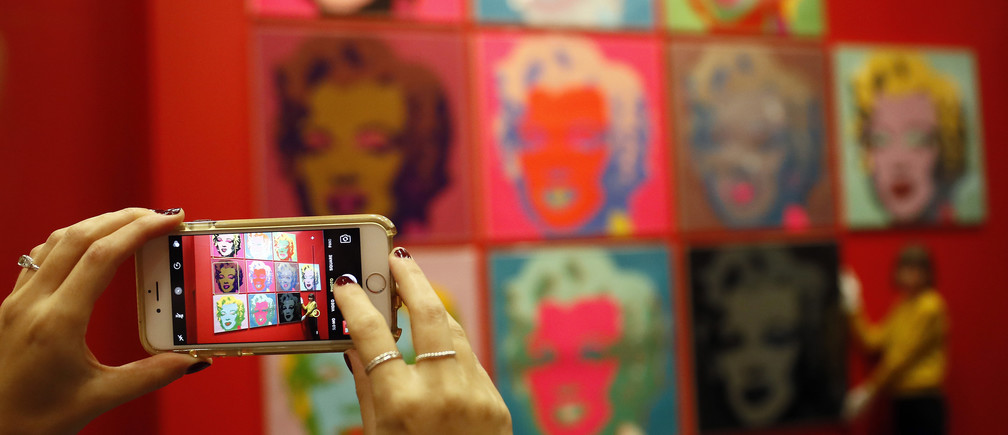Social Media Linked to a Higher Risk of Depression in Teen Girls